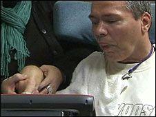 Pria Terbangun dari Koma Selama 23 Tahun Detik News226 × 170Search by image