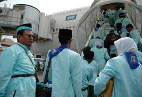 Abu Merapi Tunda Keberangkatan Rombongan Haji dari Solo