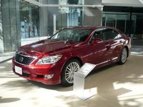 Lexus Tak Tergoyahkan di AS