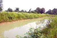 Kanal kuno yang mulai dipugar kembali, kelak wisatawan bisa berkeliling kompleks lewat kanal ini