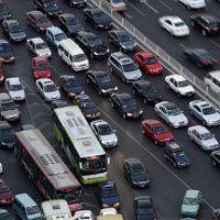 Jakarta Belum Mau Batasi Mobil Seperti di Beijing
