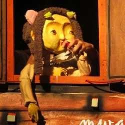 \Mwathirika\: Boneka-boneka Tragedi \65