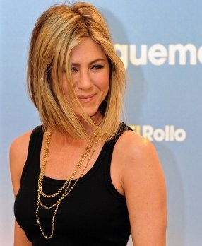 Jennifer Anniston Topless di Film Terbaru