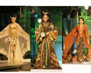 Kemeriahan Fashion Show Anne Avantie di Keraton Surakarta