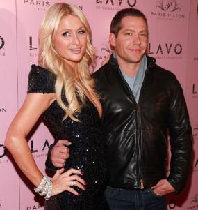 Paris Hilton & Cy Waits Putus Cinta