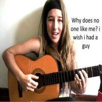 Remaja Nyanyi \Facebook\ Jadi Bintang di YouTube