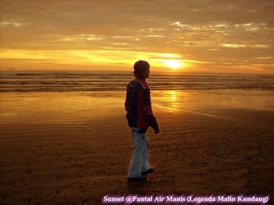 Pantai Air Manis (Legenda Malin Kundang)