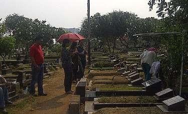 Hilangkan Kesan Angker, Makam di Jakarta Akan Dibuat Rata