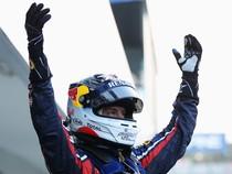 Vettel Pertahankan Gelar