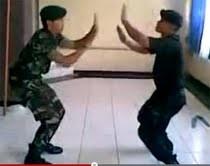 Seru! Brimob Vs TNI Adu Dance di Youtube
