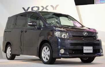 Si Kembar Toyota Noah dan Voxy Dirakit di RI?