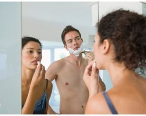 16% Wanita Paksa Pasangannya Cabut Bulu Hidung