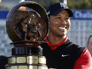 Tiger Woods Akhiri Puasa Gelar