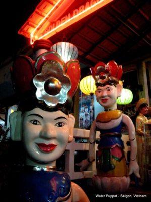 Minggu Pagi di Saigon 2