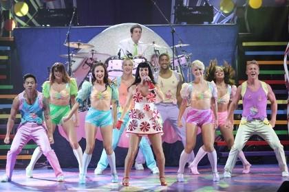 Katy Perry Wujudkan Konser \Teenage Dream\ Bernuansa Candy Land