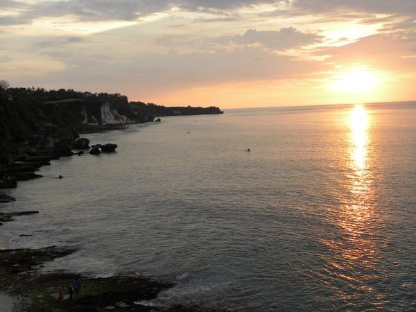 Pantai Tegal Wangi masih sangat sepi