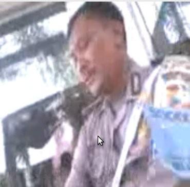 Beredar Video Anggota Polantas Terima Suap Rp 50.000