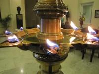 Lampu minyak tradisional di Grand Oriental Hotel (Foto: Fitraya/detikTravel)