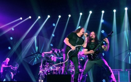 Penantian 25 Tahun Konser Dream Theater di Jakarta