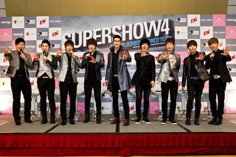 Super Junior Senang Disambut Agresif Fans