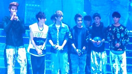 EXO-M Disambut Meriah Fans Super Junior