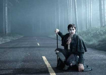 \Dark Shadows\: Kembali ke Vampir Klasik