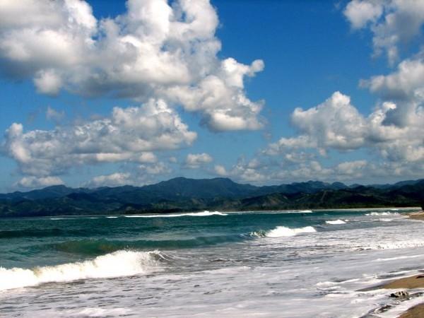 Raisa-Hamish Mau Bikin Acara Pernikahan di Pantai Kalala Sumba?