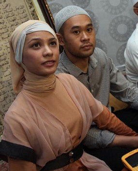 Rachel Maryam Nikah Diam-diam untuk Hormati Hak Pribadi Pasangan