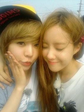 Hyomin \T-ara\ Rayakan Ultah Bareng Sunny \SNSD\