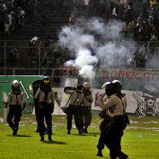 Pasca Kerusuhan, Polisi Bekukan Izin Pertandingan Persebaya