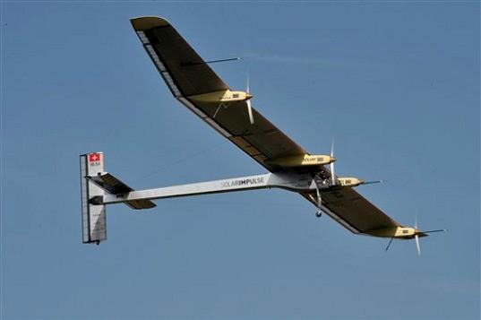 Ini Dia Penerbangan Antar Benua Perdana Pesawat Bertenaga Matahari