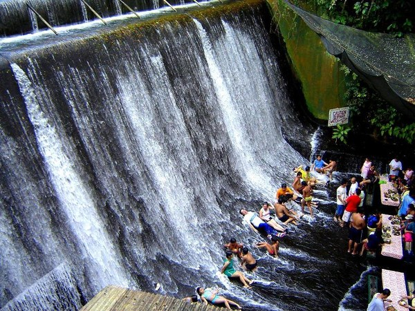 Image result for resto unik filipina yang di tengah air terjun