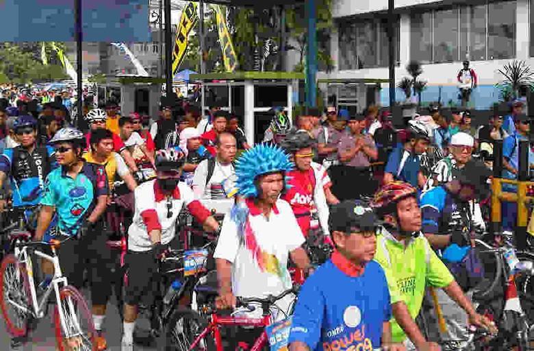 HUT Bhayangkara, Polri Gelar Sepeda Santai