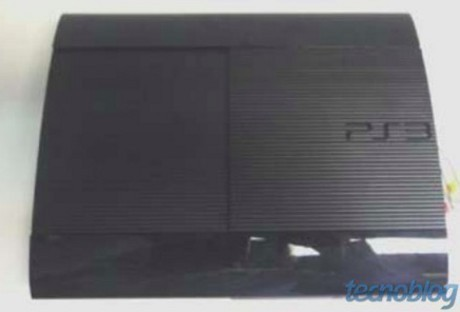 Bocoran PS3 Super Slim (technoblog)