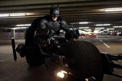 The Dark Knight Rises: Akhir Trilogi Brilian Christopher Nolan