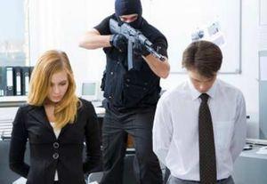 Ciri-ciri Psikis Para Pelaku Penembakan Brutal