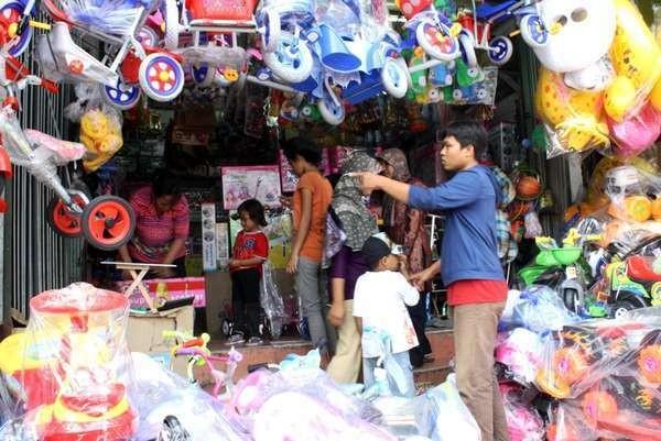 Salah satu toko di Pasar Gembrong (Desi Puspasari/detikTravel)