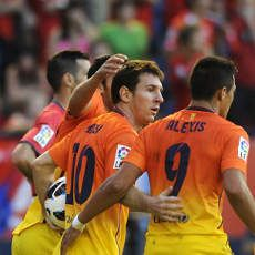 Dua Gol Messi Menangkan Barca