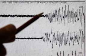 Ratusan Rumah Rusak Akibat Gempa 5,6 SR di Filipina