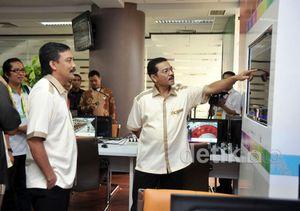 Empat Menteri Kunjungi Media Centre PON