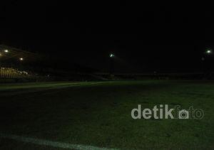 Mati Lampu Warnai Pertandingan Jateng vs Jambi