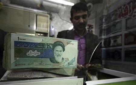 Iran Cari Biang Kerok Penyebab Turunnya Nilai Mata Uang