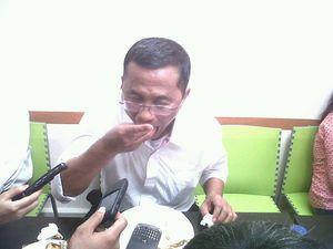 Dahlan Iskan Ngobrol Soal Polemiknya dengan DPR di Restoran Ayam Goreng