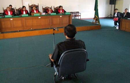 Pemindahan Hakim Pemutus Jaksa Urip 20 Tahun ke Solo Putusan Pimpinan MA