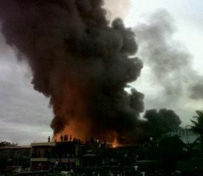 Puslabfor Polri Periksa Sisa Kebakaran Pasar Cendrawasih Metro