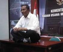 Anggota DPR Ancam Lengserkan Dahlan Iskan