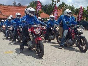 Peluncuran New V-Ixion Tutup Jalan Dago Bandung