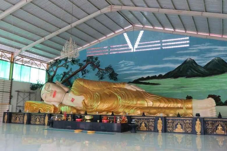 Rupang Buddha Tidur sepanjang 18 meter yang belum banyak diketahui wisatawan di Tonjong, Kab Bogor