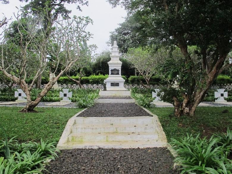 Makam Tentara Nazi di Megamendung (Putri/detikTravel)