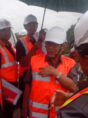 Ini Penjelasan Menteri PU Soal Banjir Tol Tangerang-Merak